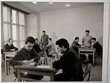 Photo vers 1950, les joueurs d'echecs.