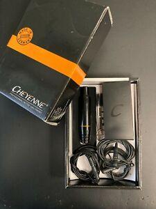 Cheyenne Hawk Pen (Black) + Alimentatore