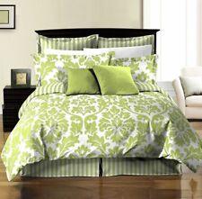 Chezmoi 8pc Soft Microfiber Reversible White Green Leaf/stripe Bed in a Bag Comf
