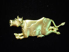 """JJ"" Jonette Jewelry Gold Pewter 'Cow Jumping Over the Moon' Pin"