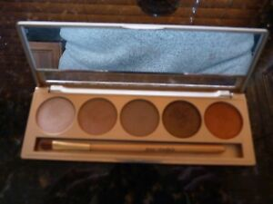 JANE IREDALE - PERFECTLY NUDE EYE SHADOW KIT - 5 SHADES