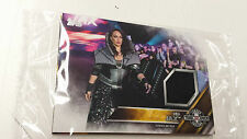 2016 TOPPS WWE Nia Jax Card NXT Londres Takeover Authentic Mat Relic