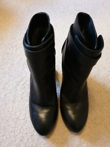 COSTUME NATIONAL Black Leather Heeled Ankle Boots Size 40, RRP£460.