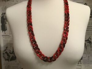 Women's Long Acrylic Red And Black Chain Link Necklace
