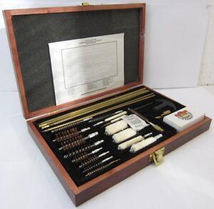 Gunmaster UGC 76W Universal Cleaning Kit
