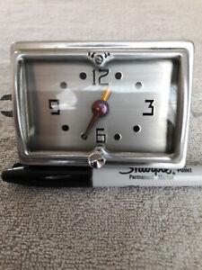 NOS 1951 Nash Statesmans, Ammbassor Dash Clock