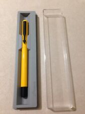 PARKER VECTOR YELLOW BLACK TRIM ROLLERBALL PEN-UK-BLACK INK-GIFT BOX-NOS.