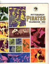 1968 PITTSBURGH PIRATES YEARBOOK ROBERTO CLEMENTE MAZEROSKI STARGELL  good