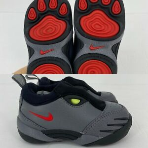 Nike Toddler Boys Sneakers Tiger Paw Size 5C NEW