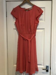 Billie and Blossom Size 14 Knee Length Dress Coral Colour