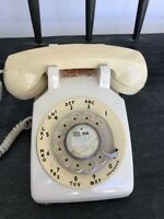 VINTAGE WESTERN ELECTRIC ROTARY DIAL DESK PHONE ~ Off White 500DM 1983