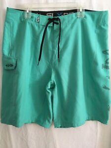 Salt Life Swim Trunks Board Shorts Sz 38 Green Skull Aqua Trunks NWT
