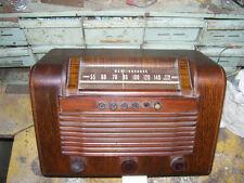 vintage  WESTINGHOUSE TABLE Radio Model