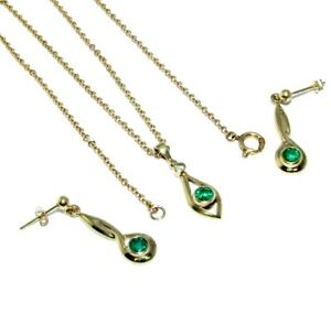 Ladies womens 9ct yellow gold diamond & green stone pendant, chain & earring set