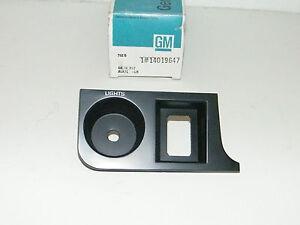 Left Instrument Panel Trim Plate 1982 Chevrolet Cavalier 14019647 Chevy