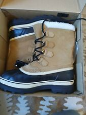 Good Condition Mens sorel boots 9 Caribou with box