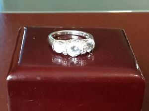 🌸🦋🌷SALE Dimonique Czs White Gold Clad In 925 sterling Silver Size 7