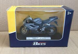 LEGENDARY BIKES- TRIUMPH DAYTONA 675  1/18 MOTORCYCLE DIECAST,WELLY, MIB