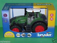 Bruder 03040 Fendt Traktor 936 Vario Blitzversand per DHL-Paket