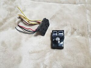OEM VINTAGE 1972-1979 LINCOLN MARK /CONTINENTAL POWER SEAT SWITCH WITH PLUG