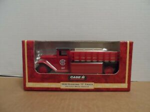 1999 Case IH ERTL 1930 Diamond T Truck_Die Cast