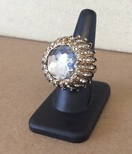 Wow!!! BETSEY JOHNSON Big Glitzy Pavé Clear Rhinestone Goldtone Flower Ring 7