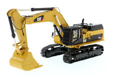 Broken CAT CATERPILLAR 374D L HYDRAULIC EXCAVATOR 1/50 BY DIECAST MASTERS 85274