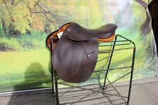 """43-4 Pre owned 16.5"""" Northrun saddle Made in England hardly used super nice"""