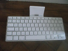 GENUINE APPLE AIR/IPOD DOCKING STATION KEYBOARD 30 PIN CONECTION