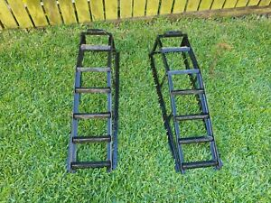2 x car ramps - steel construction, excellent condition