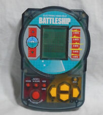 BATTLESHIP * Electronic Handheld game - 1995 Milton Bradley WORKS!