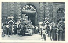 PARIS libération de paris WW2 guerre 39-45 chars FFI au sénat aprés réddition