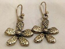 Sterling Silver Hammered Flower Dangel Earrings  SX Thailand 925