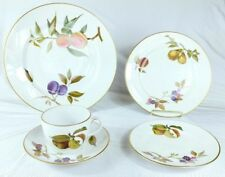 Royal Worcester Evesham Gold 5 Pc Piece Place Setting(s) Excellent *Mult Avail*