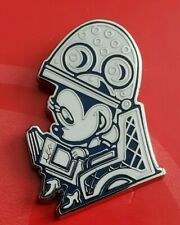 Minnie Mouse - Hair Dryer - Disney Store Pin