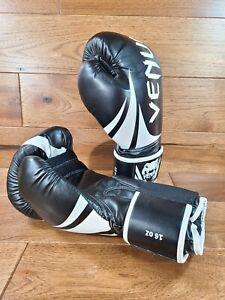 Venum Adult Black w/ White Trim Boxing Gloves 16 oz. **MINT**