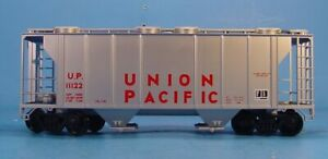 KT WEAVER ULTRA O SCALE 2 RAIL UNION PACIFIC PS-2 COVERED HOPPER CAR UP #11122