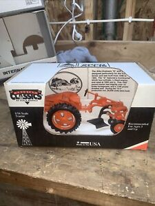 """1/16 Allis Chalmers """"G"""" with plow Country Classics by Scale Models TOY TRACTOR"""