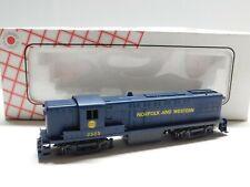 HO Scale - Stewart Hobbies - Reading Baldwin AS-16 Diesel Locomotive Train #531