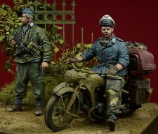 D-Day Miniature, 35084,1:35, 'Herman Goering' Division Soldiers 1943-45 (2 fig.)