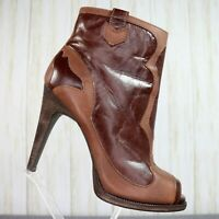 BCBGeneration Brown Tan Leather Ankle Boots Womens Size 9 M Heel Booties bcbg
