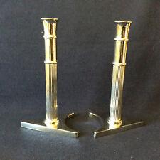 Paire de bougeoirs en métal argenté design Hauteur 23cm anonyme