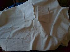 Lenzuolo in lino ricamato a mano con federe antico Handmade linen sheet