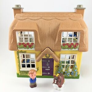 Step 2 Chunky Little People Doll House with Horse and Figure Straw Roof Cottage