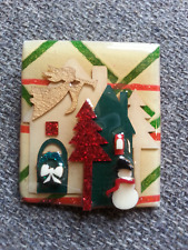 Vintage Lucinda Yates House X-MAS Christmas Scene Pin Brooch HOUSE PINS