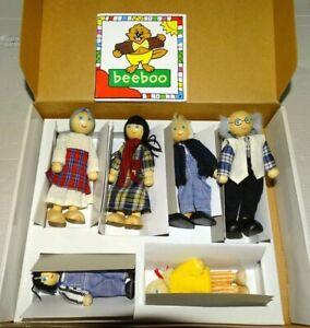 BeeBoo Doll House Family Germany