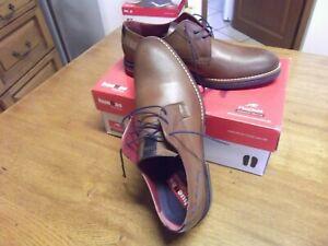 chaussures FLUCHOS modele CLOONEY pointure 42