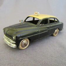 330E Dinky France 24X Ford Vedette 54 Taxi 1:43