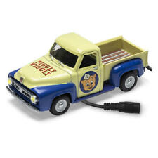 Menards ~ 1:48 Scale PIGGLY WIGGLY 1953 FORD Pickup Truck Lighted Diecast