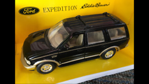 GATE 1:32 SCALE FORD EXPEDITION 'EDDIE BAUER' DIE CAST 4X4 MODEL IN BLACK